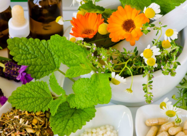 Schmerzen mit natürlichen Schmerzmitteln lindern